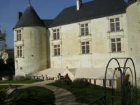 château Couvert  Jaunay Clan