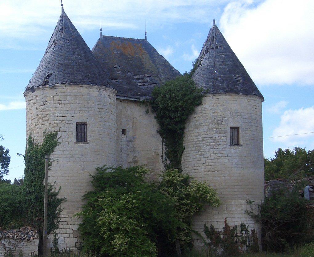 chateau dAguré  SaintSaturninduBois ~ St Saturnin Du Bois
