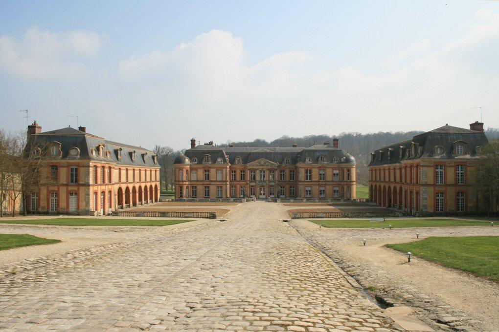 Chateau de dampierre en yvelines ouvert au public for Chateau des yvelines