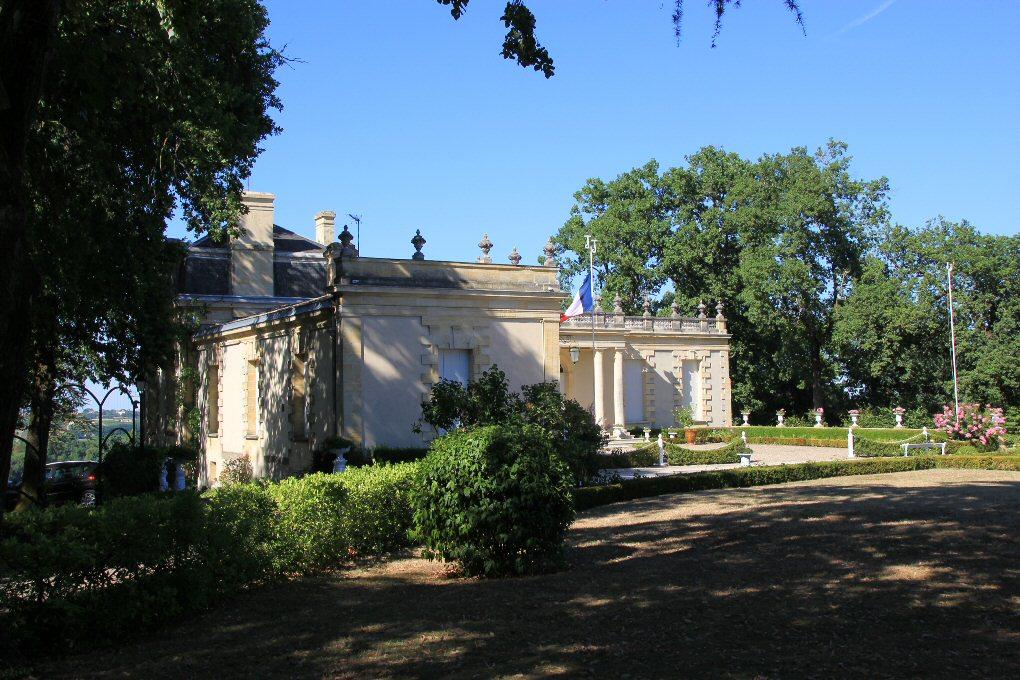 Chateau haut sarpe st-christophe des bardes